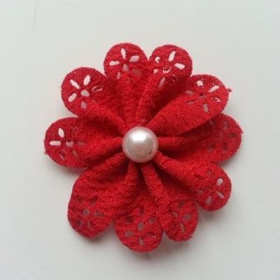 fleur dentellée et perle rouge 60mm
