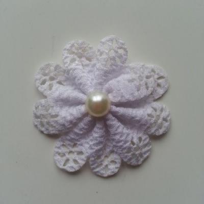 fleur dentellée et perle blanc 60mm