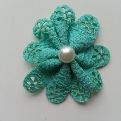 fleur dentellée et perle vert 60mm