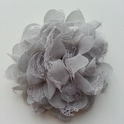 Grande fleur en mousseline  et dentelle 11cm gris