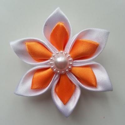 Fleur double en satin blanc et orange   5cm