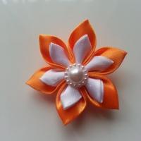 Fleur double en satin orange et blanc   5cm