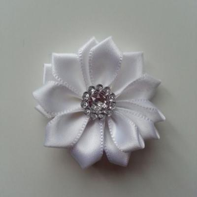 Applique fleur satin strass  35mm blanc
