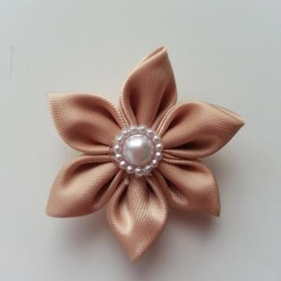 fleur en tissu 4cm beige pétales pointus