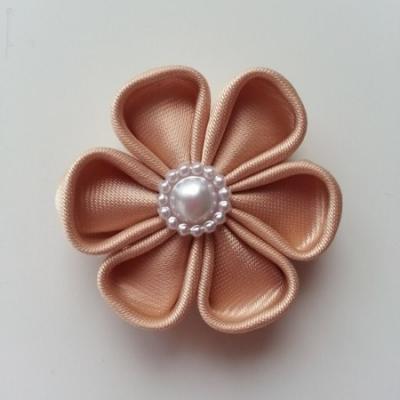 fleur en tissu 4cm beige  pétales ronds