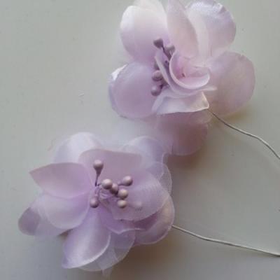 lot de 2 fleurs en tissu mauve 45mm sur tige avec pistils