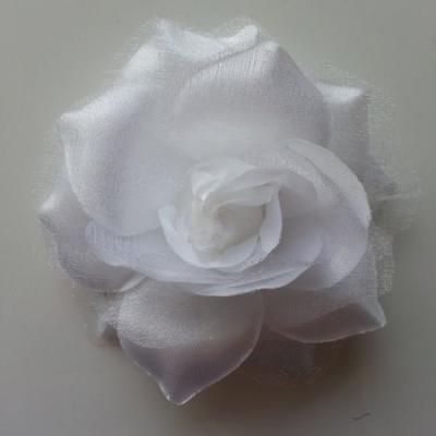 Rose bicolore en tissu   70mm  blanc