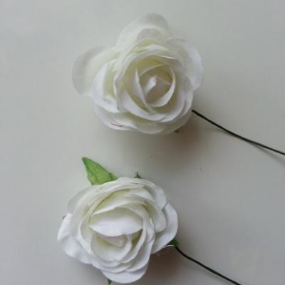 lot de 2 fleurs en tissu sur tige 30mm ivoire