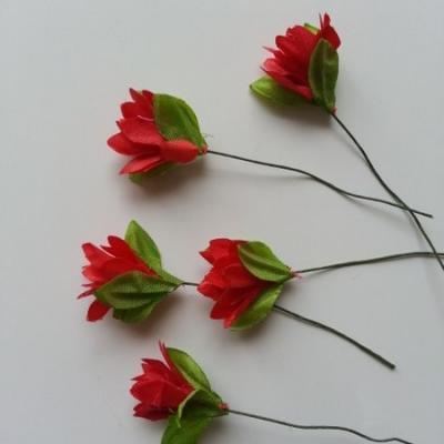 lot de  5 fleurs artificielles en tissu rouge sur tige