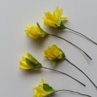 lot de  5 fleurs artificielles en tissu jaune sur tige