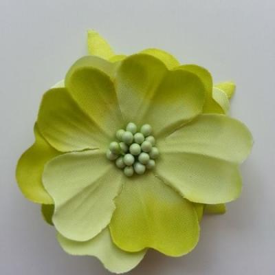 fleur tissu et pistils  50mm vert