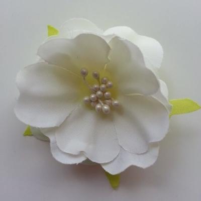 fleur tissu et pistils  50mm ivoire