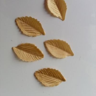 Lot de 5 feuilles en tissu  30*15mm marron
