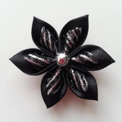 Fleur satin noire et organza pailleté noir 5cm