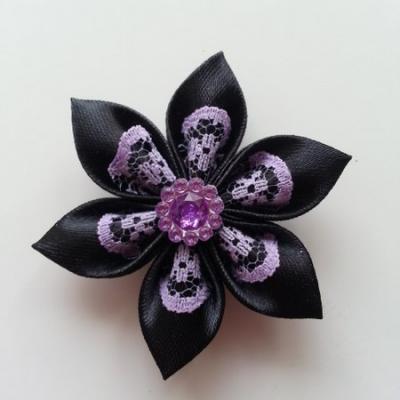 Fleur satin noire et dentelle mauve  5cm
