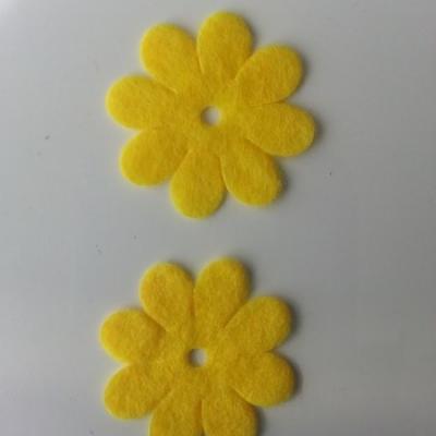 Lot de 2  fleurs feutrine 35mm jaune