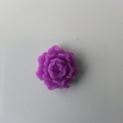 fleur  en résine  20mm violet