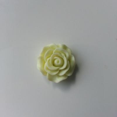 fleur  en résine  20mm jaune