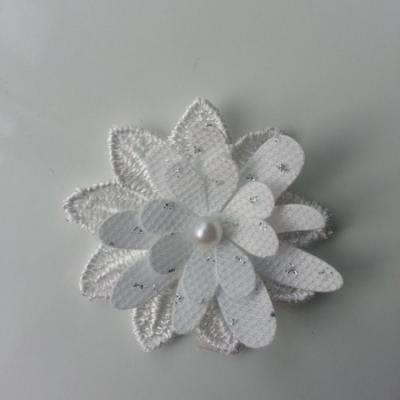 double fleur en dentelle blanc et argent 50mm