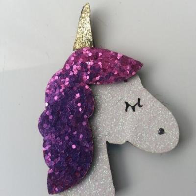 applique licorne pailletée  60mm blanc et violet