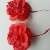 lot de 2 fleurs  artificielles en tissu  55mm sur tige rouge