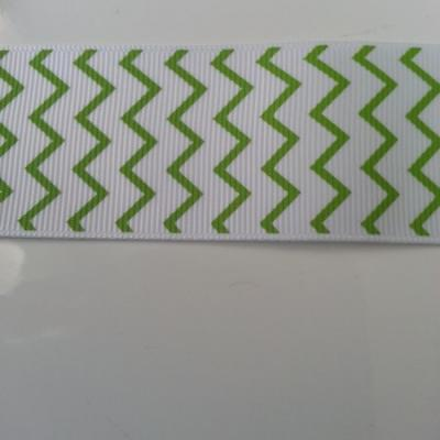 1 mètre de  ruban chevrons gros grain blanc et vert sapin 38mm de largeur