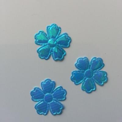 Lot de 3 fleurs  en tissu irisé    22mm bleu