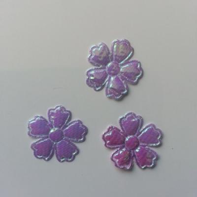 Lot de 3 fleurs  en tissu irisé    22mm mauve