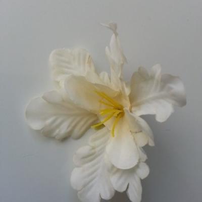 fleur orchidée  en tissu ivoire 60mm