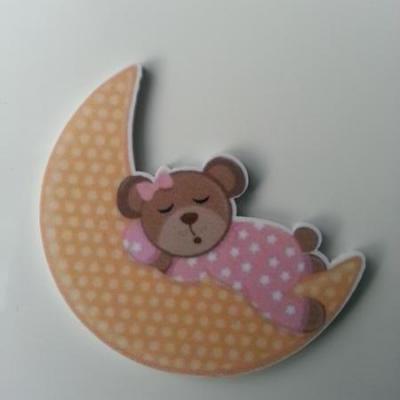 cabochon plat en résine lune et bébé ourson rose 45mm