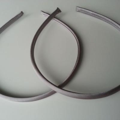 Serre tête recouvert de satin 7mm gris foncé