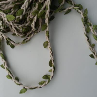 0.5 mètre de cordon tressé feuillage blanc et vert