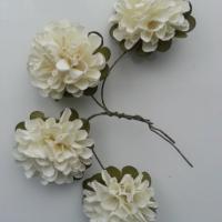 lot de 4 fleurs  en papier ivoire sur tige 40mm