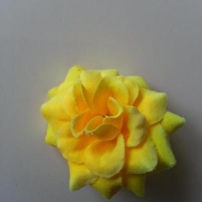 Fleur  en tissu  50mm jaune