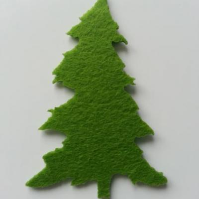 sapin en feutrine vert moyen 60*90mm
