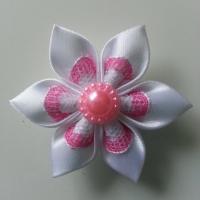 Fleur satin blanche et dentelle blanche et rose 5cm