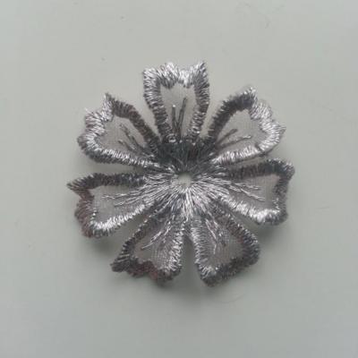 fleur en dentelle irisé 35mm gris argenté