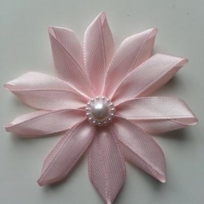 Fleur de satin  7,5cm rose