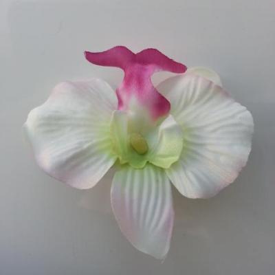 orchidée artificielle en tissu ivoire , vert et rose fuchsia  65mm