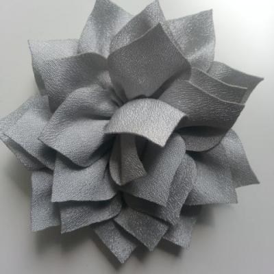 fleur en tissu gris 70mm