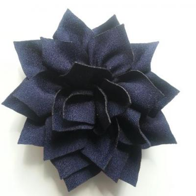 fleur en tissu bleu marine 70mm