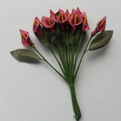 lot de 12 minis fleurs artificielles arum en mousse sur tige avec feuille bordeaux