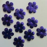 lot de 10  fleurs 35mm violet   à reflets en plastique