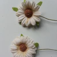 lot de 2 fleurs marguerite artificielles sur tige 50mm beige