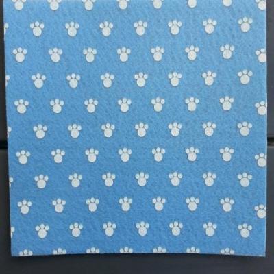 Carré de feutrine motif patte 15*15cm bleu