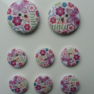 lot de 8 boutons ronds en bois motif fleurs (2)   2*30mm et  6*18mm