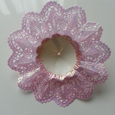 collerette pour bouquet de demoiselle d honneur rose irisé 12,5cm