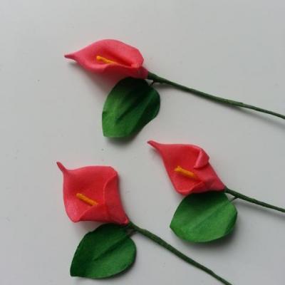 Lot de 3 minis fleurs arum sur  tige de 10cm rouge