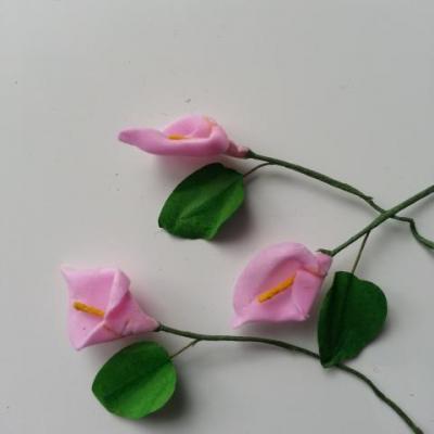 Lot de 3 minis fleurs arum sur  tige de 10cm rose