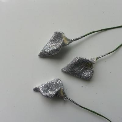Lot de 3 fleurs arum  pailletés sur tige  10 cm argent